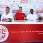 Antalyaspor, iki futbolcuyu kadrosuna kattı