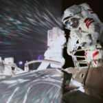 Çinli astronotlar tarihte bir ilki gerçekleştirdi