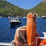 Göcek'te sürüklenen teknedeki 4 kişi kurtarıldı
