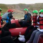 Hakkari'de gençlerin coşkusuna Bakan Ziya Selçuk da ortak oldu