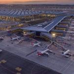 İstanbul Havalimanı 3 günde 100 binin üzerinde yolcuyu ağırladı