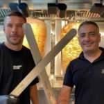 Lucas Podolski ile Türk ortağı Metin Dağ döner zinciri ile dünyaya açılıyor