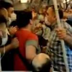 Metroda maske kavgası! O anlar kamerada