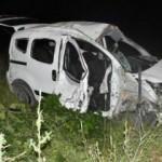 Sivas'ta hafif ticari araç şarampole devrildi: 1 ölü, 5 yaralı