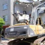 Sancaktepe'de 4 katlı bina tahliye edildi