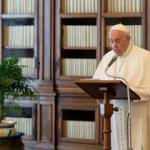 Vatikan: Papa Francis ameliyat oldu, durumu iyi