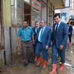 BBP Genel Başkanı Destici sel felaketinin yaşandığı Güneysu'da incelemelerde bulundu
