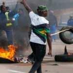 Güney Afrika'da  sokaklar karıştı
