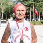 'Kapadokyalı Dede' şehit Ömer Halisdemir için koştu!