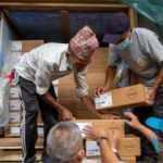 Nepal'e 1,5 milyon doz Johnson and Johnson aşısı ulaştı