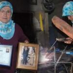 Bartın'da 60 yaşındaki Gülizar Camcı 37 yıldır demire şekil veriyor!