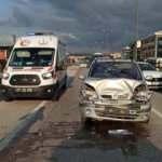 Bayram tatili dönüşünde kaza: 3 yaralı