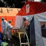 Covid-19 salgınının yeni merkezi! Gönüllüler evlerden ceset topluyor