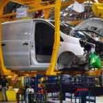 Toyota 3 fabrikasını kapattı