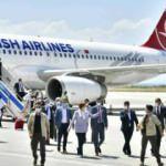 Özel jet kullanan Akşener, tepkilerin ardından tarifeli uçakta poz verdi