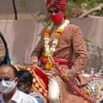 Hindistan'da damadı düğünden at kaçırdı