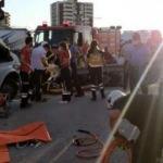 İşçileri taşıyan minibüse TIR çarptı: 3 ölü, 15 yaralı