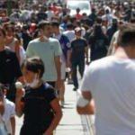 İstiklal Caddesi'nde yoğunluk; maske kuralı hiçe sayıldı