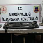 Mersin'de kaçak kazı yapan 5 kişiye jandarmadan suçüstü