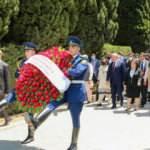 TBMM Başkanı Şentop, Bakü'de şehitlikleri ziyaret etti