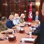 Tunus'ta darbe girişimi! Cumhurbaşkanından tehdit: Gücümüzü gösteririz
