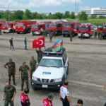 53 araçlık konvoyla Türkiye'de! Vatandaşlardan sevgi seli