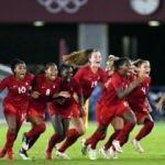 Olimpiyatlarda kadın futbolunda Kanada şampiyon oldu!