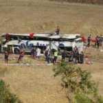 Son dakika: Balıkesir'deki feci kazada yolcu otobüsü takla atmıştı! Ölü sayısı yükseldi...