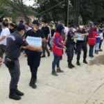 Ayancık'ta selden etkilenen vatandaşlara içme suyu dağıtıldı