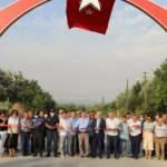 CHP'li Saruhan Belediyesi'nden heykel açılışı