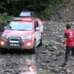 İHH ekipleri sel bölgelerinde köylere ulaştı