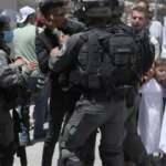 İsrail askerleri, Harem-i İbrahim Camisi'ndeki cemaate gaz bombalarıyla saldırdı