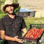 Her şeyi bırakıp köyüne döndü, yaptığı organik tarımla siparişlere yetişemiyor