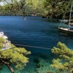 Lüks yat ve teknelerin masmavi demir limanı: Bedri Rahmi koyu