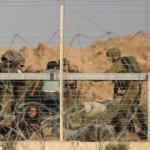 Gazze sınırında israil zulmü! Gerçek mermi ve gaz bombalarıyla müdahale etti