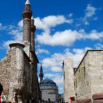 Selçuklu ve Osmanlı tarihini yaşatan şehir: Sivas