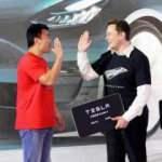 Tesla üretimini Çin'de tamamen yerelleştiriyor