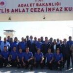 Bakan Gül'den Bitlis'teki Ahlat T Tipi Ceza İnfaz Kurumu'na ziyaret