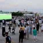 Dönüş yolundaki gurbetçilerin Kapıkule'de futbol heyecanı
