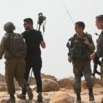 İsrail askerlerinden 7 Filistinli gazeteciye gözaltı