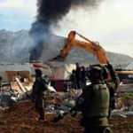 İsrail, Filistinli ailenin evlerini kendilerine yıktırdı