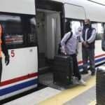 Aşısız yolcular şehirlerarası tren seyahatlerinde PCR test sonucunu ibraz edecek