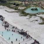 Pamukkale'nin ziyaretçi sayısı temmuzda 250 bini geçti