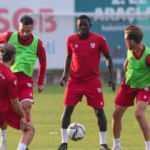 Samsunspor'a 22 oyuncu geldi, 24 oyuncu gitti