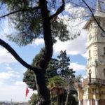 1900 yılında inşa edilen Kocaeli-İzmit Saat Kulesi