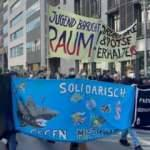 Almanya'da artan konut fiyatları protesto edildi