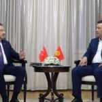 Fuat Oktay, Kırgızistan Cumhurbaşkanı Caparov ile bir araya geldi