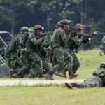 Meksika'da çeteler ile ordu ile çatıştı: 13 ölü