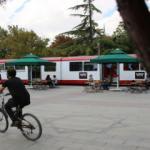 """""""Nostaljik Tramvay Kafe"""" müşterilerini zamanda yolculuğa çıkarıyor"""