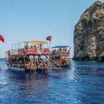 Suluada plajlarına turist akını